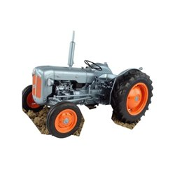 "Fordson Dexta ""edition"" Universal Hobbies  UH5315"